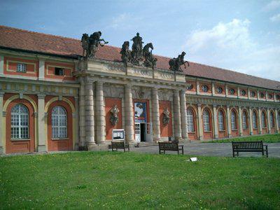 Foto zu Meldung: Klara Geywitz begrüßt barrierefreien Umbau des Filmmuseums