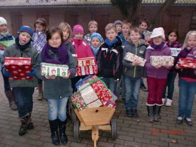 Foto zur Meldung: Weihnachten im Schuhkarton