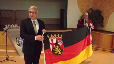 Foto zu Meldung: Minister Lewentz besucht Mörschbach