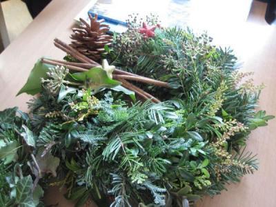 Foto zur Meldung: Weihnachtsbasteln - 2013