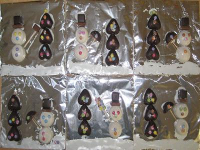Foto zu Meldung: Weihnachtsbasteln der Klasse 2b