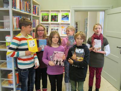 Foto zur Meldung: Schulentscheid des bundesweiten Vorlesewettbewerbes der 6. Klassen in der Bibliothek Wusterhausen