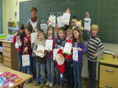 Foto zu Meldung: Frohe Weihnachten wünscht die Klasse 1b