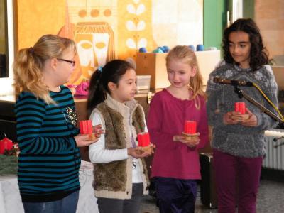 Foto zur Meldung: Adventsfeier in der Grundschule