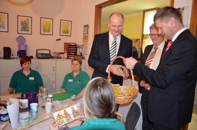 Woidke startet seine Arbeitstreffen im Landkreis Oberspreewald-Lausitz