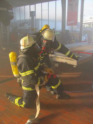 Foto zur Meldung: Erster Feuerwehrübungsalarm für das neue Jahr in der Verbandsgemeinde Rheinböllen