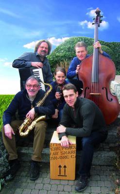 """Foto zur Meldung: """"Live im Hof"""": Dazz Trio und Zambo Unlimited am 24.05.2014"""