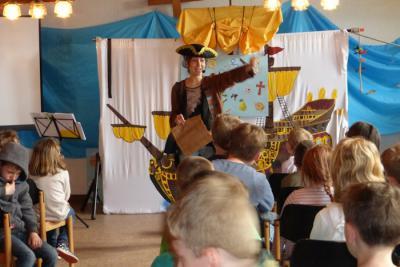 """Foto zur Meldung: Siebte Kinderbibelwoche in Wenings mit """"Käpt'n Ketschup"""""""