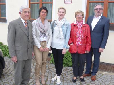 Foto zur Meldung: Neue Jugendbeauftragte für die Gemeinde Brand, Bestätigung der Familien- und Seniorenbeauftragten