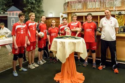 Foto zur Meldung: Volleyballjugend des SC Laage- vor großem Publikum