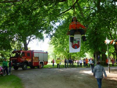 """Foto zu Meldung: Tour de Prignitz 2014 - """"Meyenburg empfängt Pritzwalk im Schlosspark"""""""