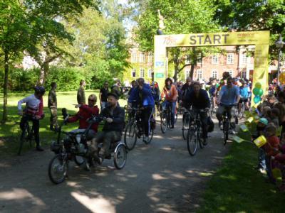 """Foto zu Meldung: Tour de Prignitz 2014 - """"Etappenstart in Richtung Putlitz"""""""
