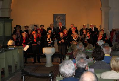 Foto zu Meldung: Ovationen für Rehfelder Sängerkreis