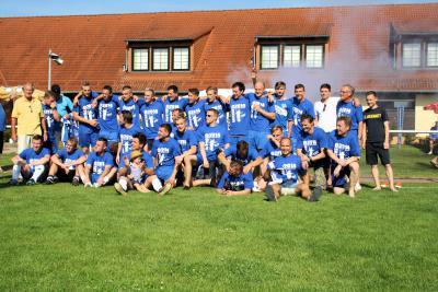 Foto zur Meldung: SV Blau-Weiß Günthersdorf e.V. ist Kreismeister des KFV Fußball Saalekreis