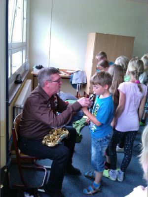 Foto zur Meldung: Musikunterricht zum Anfassen