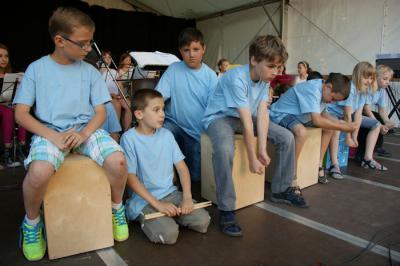 Foto zur Meldung: Weningser Schüler beim Sommerkonzert in Gedern