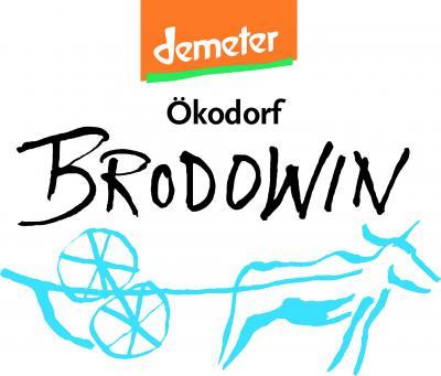 Foto zur Meldung: Über den Tellrand geschaut: Großbrand in Brodowin – Hilfe für Brodowin
