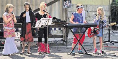 """Foto zur Meldung: """"Abba""""-Hits und schallende """"Tooor""""-Rufe"""