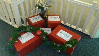 Foto zur Meldung: Weihnachtspäckchen für Okland