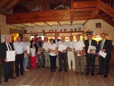 Foto zur Meldung: Ehrung ausgeschiedener Bürgermeister und Ratsmitglieder sowie Ehrung langjähriger ehrenamtlicher Tätigkeit