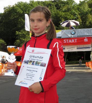 Foto zur Meldung: Laager Clubläufer sammeln Wettkampfkilometer