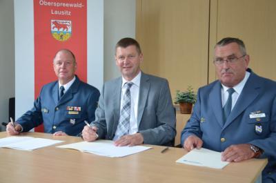 Foto zur Meldung: Zusammenarbeit im Bereich Brand- und Katastrophenschutz gestärkt