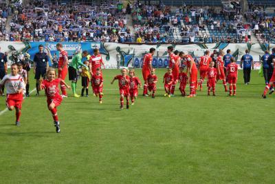 Foto zur Meldung: Junioren / Plauer Junioren laufen mit Hansa Rostock auf