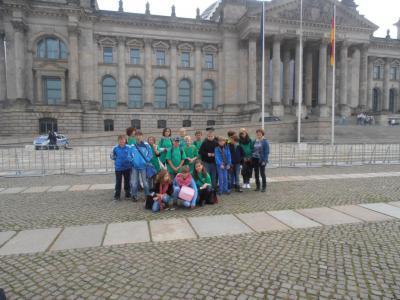Foto zur Meldung: Golzower Schüler zu Besuch  im Bundestag