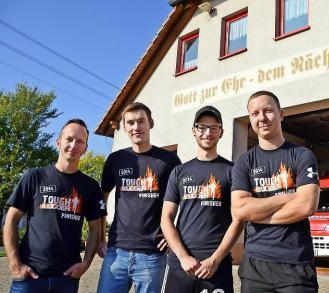 Foto zur Meldung: Vier Kerle von der Feuerwehr mit Mumm
