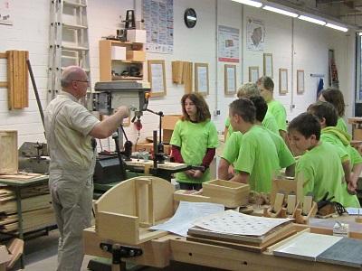 Foto zur Meldung: Werkstatt-Tage der achten Klassen in Götz
