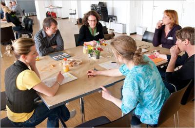 Foto zur Meldung: Forschungsbericht zum Bürgerengagement auf dem Land: Wer engagiert sich wofür?