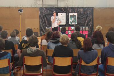Foto zur Meldung: Schultourtheater Bühnengold