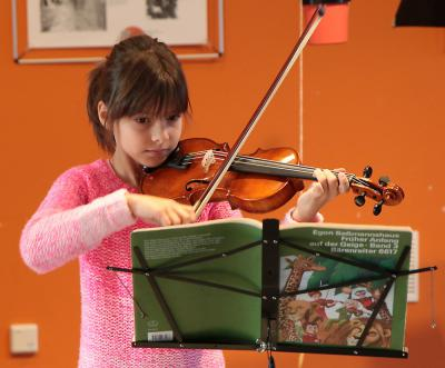 Foto zu Meldung: Würdigung neu gebauter Musikschulräume durch Konzert