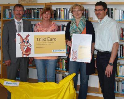 Foto zur Meldung: Röslauer Bücherei gehört zu den 50 Gewinnern der Lesezeichen 2014