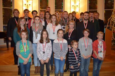 Die geehrten Sportlerinnen und Sportler beim Bürgermeisterempfang im Rahmen der Sportlerehrung 2014