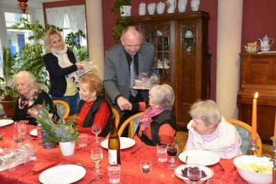 Foto zu Meldung: Weihnachtsfeier für Alleinstehende