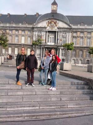 """Foto zur Meldung: Zu Hause in Europa - """"Comenius""""-Teilnehmer/innen der Puricelli-Realschule plus Rheinböllen in Lüttich (Belgien)"""