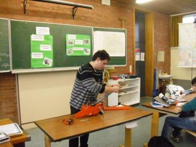 Foto zu Meldung: SCHULNACHRICHTEN - Präsentation der Betrieblichen Lernaufgabe der 9. Klasse