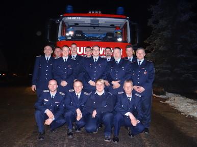 Foto zu Meldung: Brände löschen und Hilfe leisten