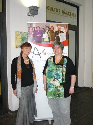 Silvia van Spronsen und die 1. Vorsitzende Kerstin Löding-Blöhs