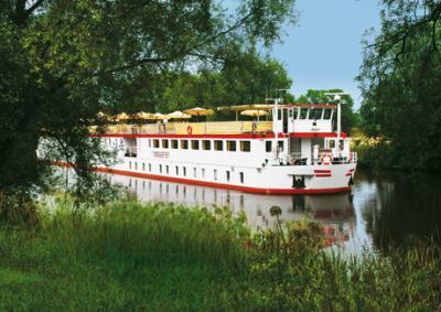 Foto zur Meldung: Hotelkabinenschiffe am Havelweg in Rathenow