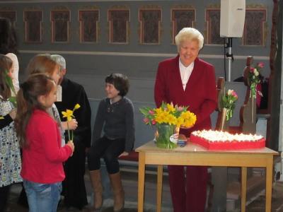 Bild der Meldung: 80 Jahre – es ist wahr – wurde Oma Elisabeth Wenzlaff in diesem Jahr