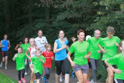 Foto zu Meldung: 4.City Sport Abendlauf im Barnstorfer Wald