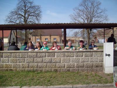 Foto zu Meldung: Frühjahrsputz in allen Ortsteilen von Rehfelde