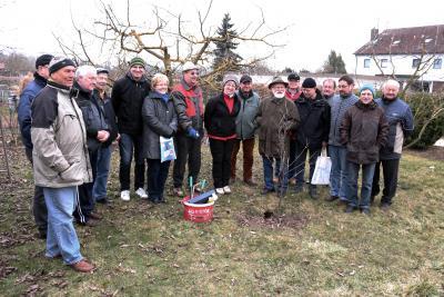 Foto zur Meldung: Schnittkurs für Obstbäume und Sträucher 2015