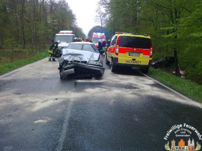 Foto zu Meldung: 4 Verletzte bei Unfall mit zwei PKW auf der B 96