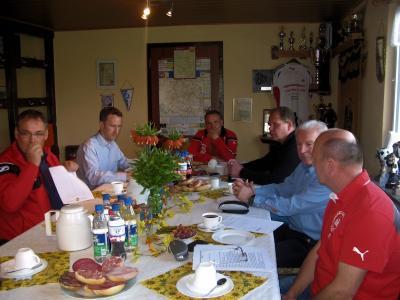 Foto zur Meldung: Vereinsdialog bei der SpVgg 99 Weißenschirmbach