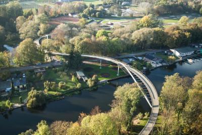 Foto zur Meldung: Über diese Brücke musst du geh'n