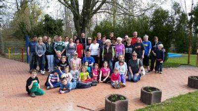 Foto zu Meldung: Frühjahrsputz im Nienburger Schwimmbad