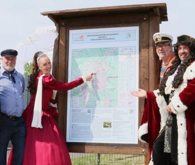 Foto zu Meldung: Wasserwanderleitsystem für Kanutouristen eröffnet